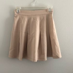 Forever 21 High Waisted Pleated Skirt - Small